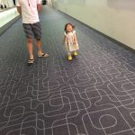 赤ちゃんを飛行機で泣かせない対策*おもちゃ・食べ物・ねんねが鍵!