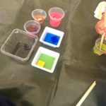 色水遊びで3歳児とジュースやさんごっこ!おうち遊びにおすすめ