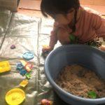 キネティックサンドで室内砂遊び!必要な量と遊び方の工夫